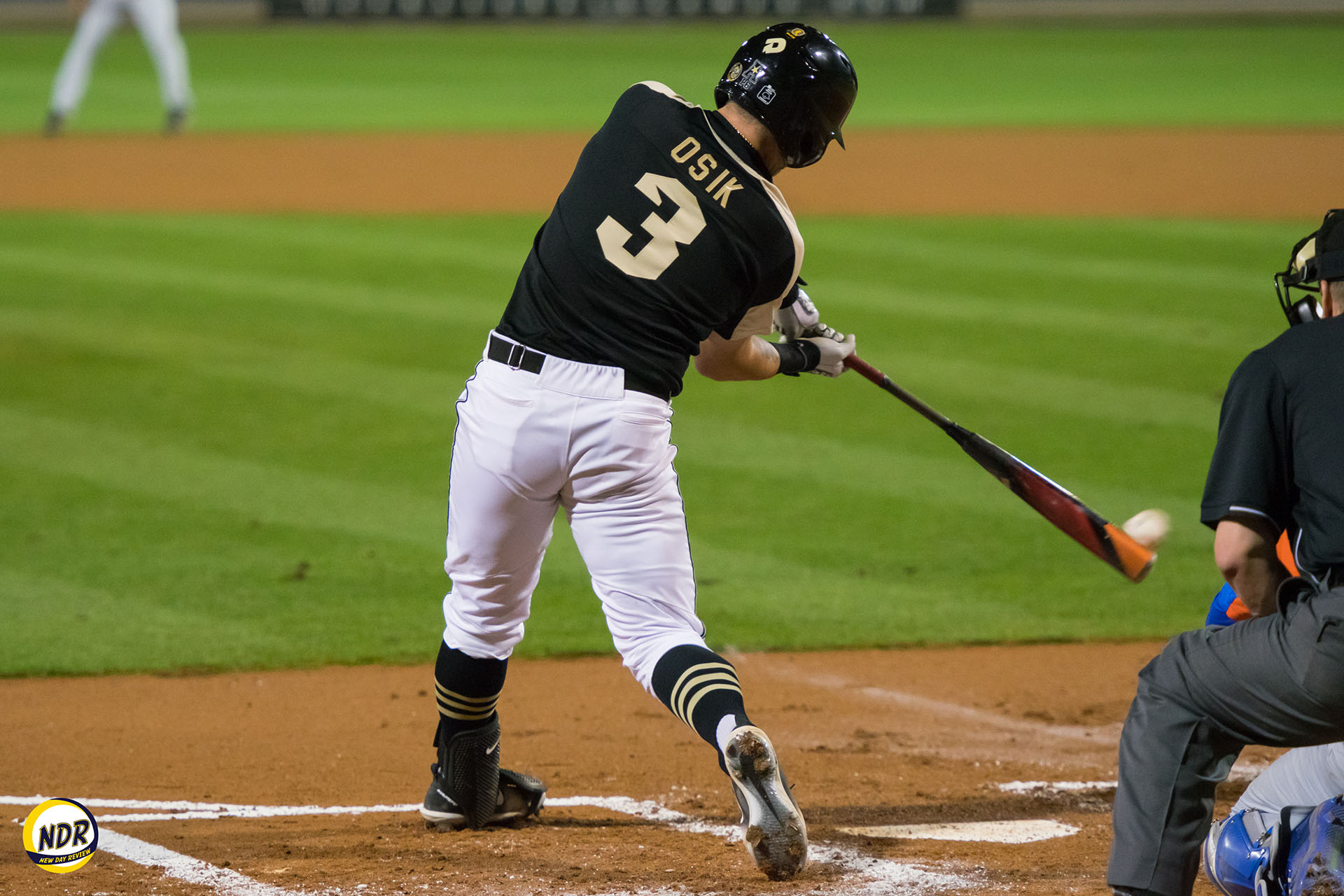 knights upset no. 1 florida with 9-run performance — new day review
